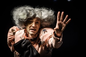 HUMAN BEING PARZIVAL • Theater der Jugend